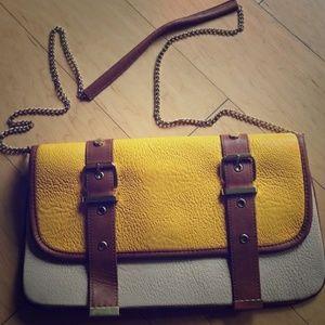 Crossbody Steve Madden purse