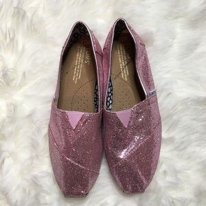 TOMS glitter pink size 7.5. Like new condition
