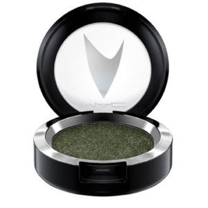 MAC Cosmetics Makeup - MAC Star Trek Pressed Pigment - Bird of Prey