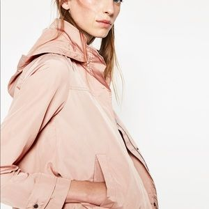 ZARA BLUSH WINDBREAKER JACKET