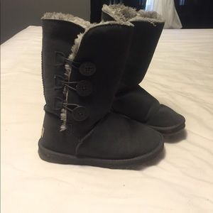 Ugg button boots with fur