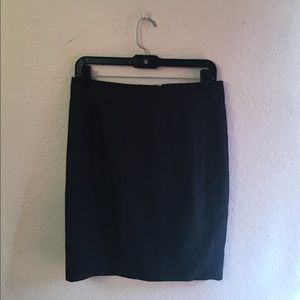 Love 21 Black pencil skirt!! Forever 21