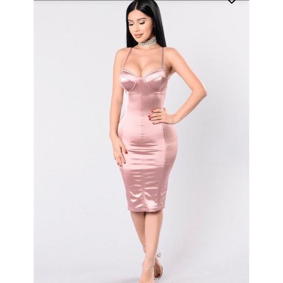 49c5d72695 Fashion Nova Dresses   Skirts - Fashion Nova Pink Satin Midi Dress M