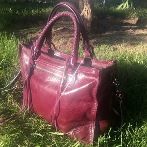 Gorgeous Rebecca Minkoff Regan burgundy Satchel!!
