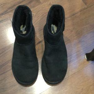 AUTHENTIC MINI UGG BOOTS BLACK