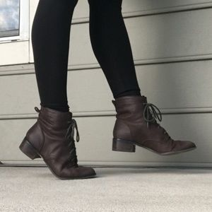 Seychelles size 6.5 brown leather ankle boots