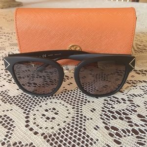 Tory Burch Matte Black polarized sunglasses