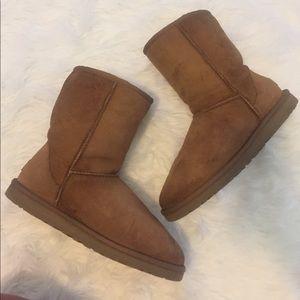 UGG Australia Classic Chestnut Short Boots