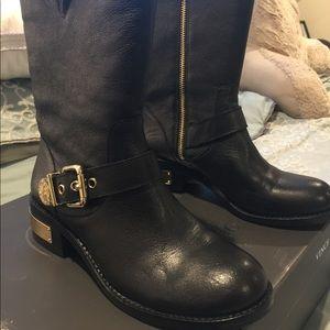 Vince Cameron boots