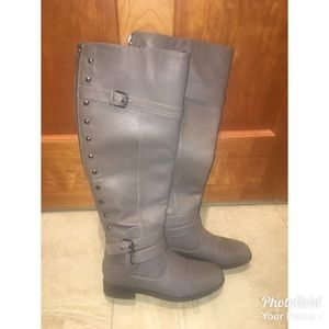 Gray tall leather flat riding boots. Like new!