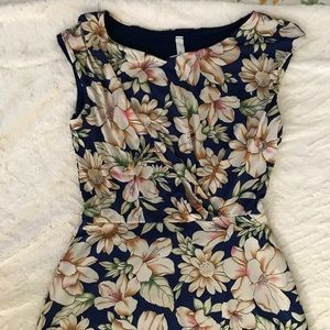 NWOT maxi Floral dress
