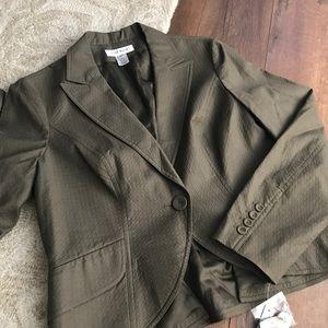 Nine West size 12 olive blazer with one button NWT