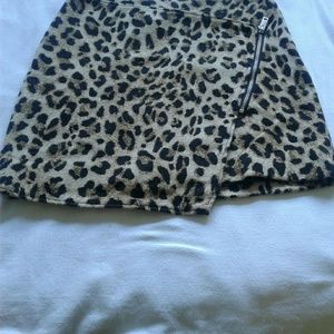 H& M Leapord  skirt with black lining size 10