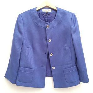 Tahari Blazer in Blue EUC 10