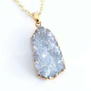 Gold-plated genuine agate druzy pendant necklace