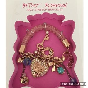 New Betsey Johnson half stretch Bracelet
