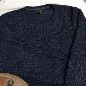 BANANA REPUBLIC CABLE KNIT CREW NECK SWEATER-NWOT