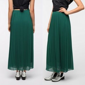Urban Outfitters Green Chiffon Pleated Maxi Skirt