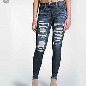 American Eagle Ripped Hi-Rise Jegging Size 12