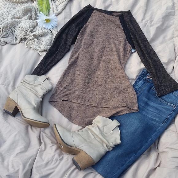 Rue21 Sweaters - Tan and Dark Brown Melange Baseball Tee XS