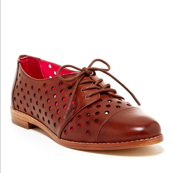 7bd57ccbfe23 kate spade Shoes - Kate Spade ♤ Peekaboo Perforated Oxford