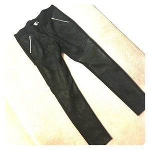 H&M leggings. Black.