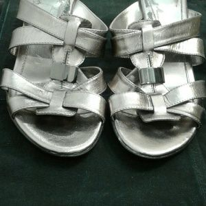 Genuine leather wedged sandals (sz 10) by Sofft