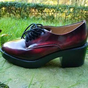 """Zara Trafaluc """"Blucher"""" Burgundy Platform Oxfords"""