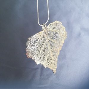 ⬇️REDUCED‼️ NEW Silver Cottonwood Leaf Necklace