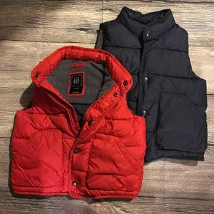 Two boys GAP puffer vests Sz 4T