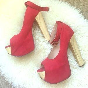 Red pump 📛
