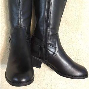 Karen Scott Donnely women's black boots size 5 m