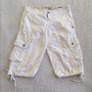 Pants - Cropped Capri Pants