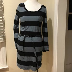 Banana Republic Dress - casual and comfortable!