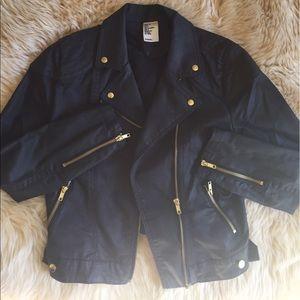 Black cropped H&M jacket