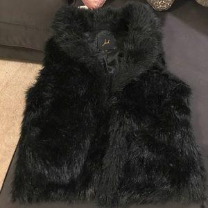 Jack by BB Dakota Faux Fur Vest