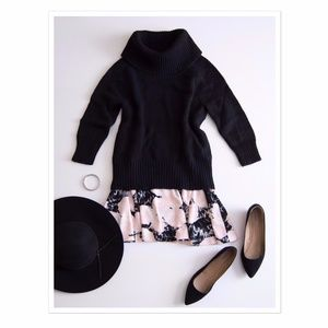 Romeo + Juliet Couture Floral Skater Skirt L