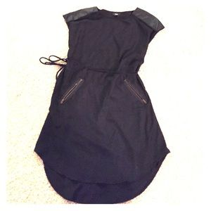 Mossimo Medium black casual dress w/ zip pocket