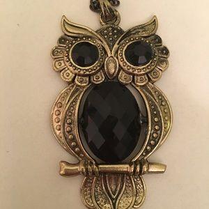 NWOT owl necklace