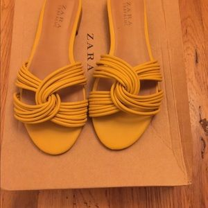 ZARA yellow/mustard slides