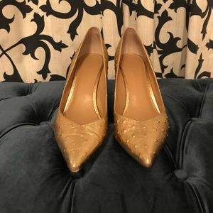 🆕 Banana Republic Madison Pump in Gold Ostrich