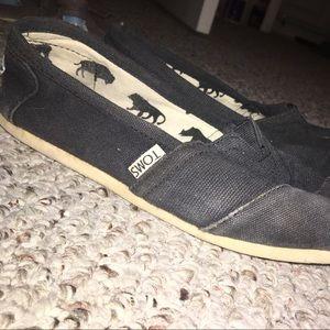Black Classic Toms