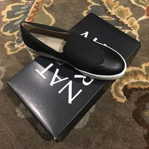 New in Box Naturalizer Black Payten Sneaker