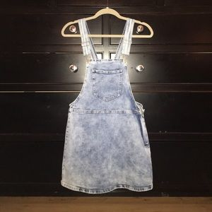 Super cute light denim overall dress NEW WITH TAGS