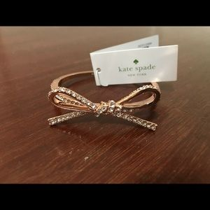 Kate Spade Gold Bow Bracelet, Never Been Worn