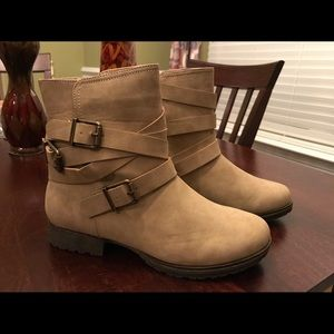 NEW Tan Ankle Boots