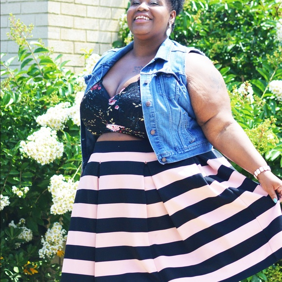 57e02d17010 jcpenney Dresses   Skirts - Ashely Nell Tipton boutique + stripped skirt