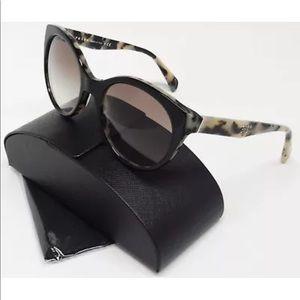 PRADA black/tortoise sunglasses w/ case and cloth