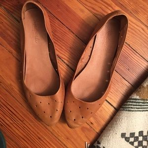 Madewell tan leather flats