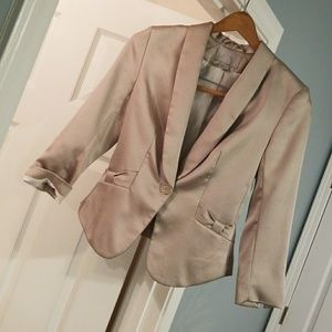 H&m champagne colored jacket